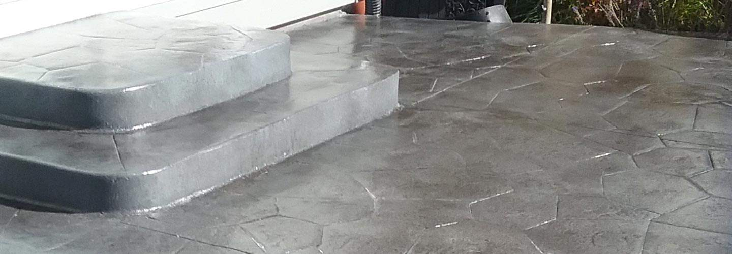 Floor showing concrete restoriation results