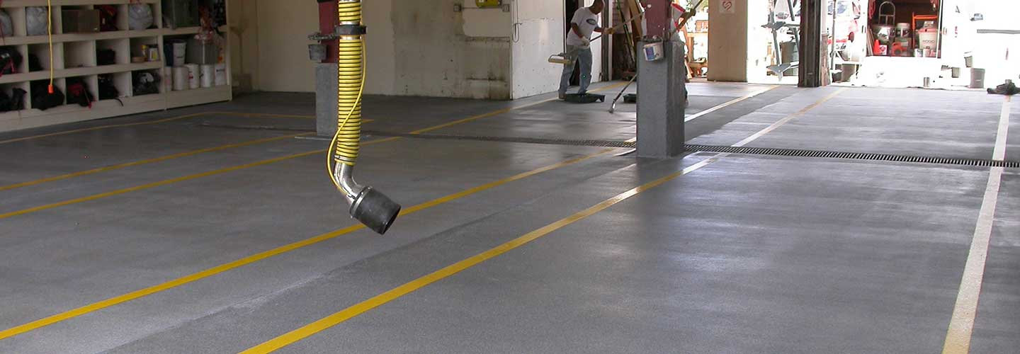 Concrete flooring for garages with epoxy
